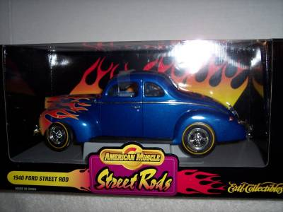 Ford Nostalgia Diecast Muscle Car